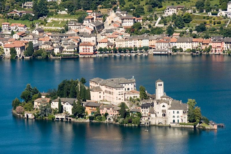 02.06.2021 – pellegrinaggio al Sacro Monte francescano e lago d'Orta