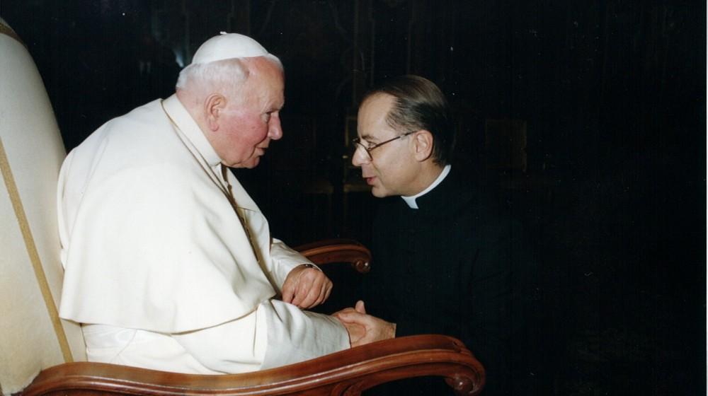 Un santo appassionato di umanità – Giovanni Paolo II raccontato da mons. Mauro Longhi